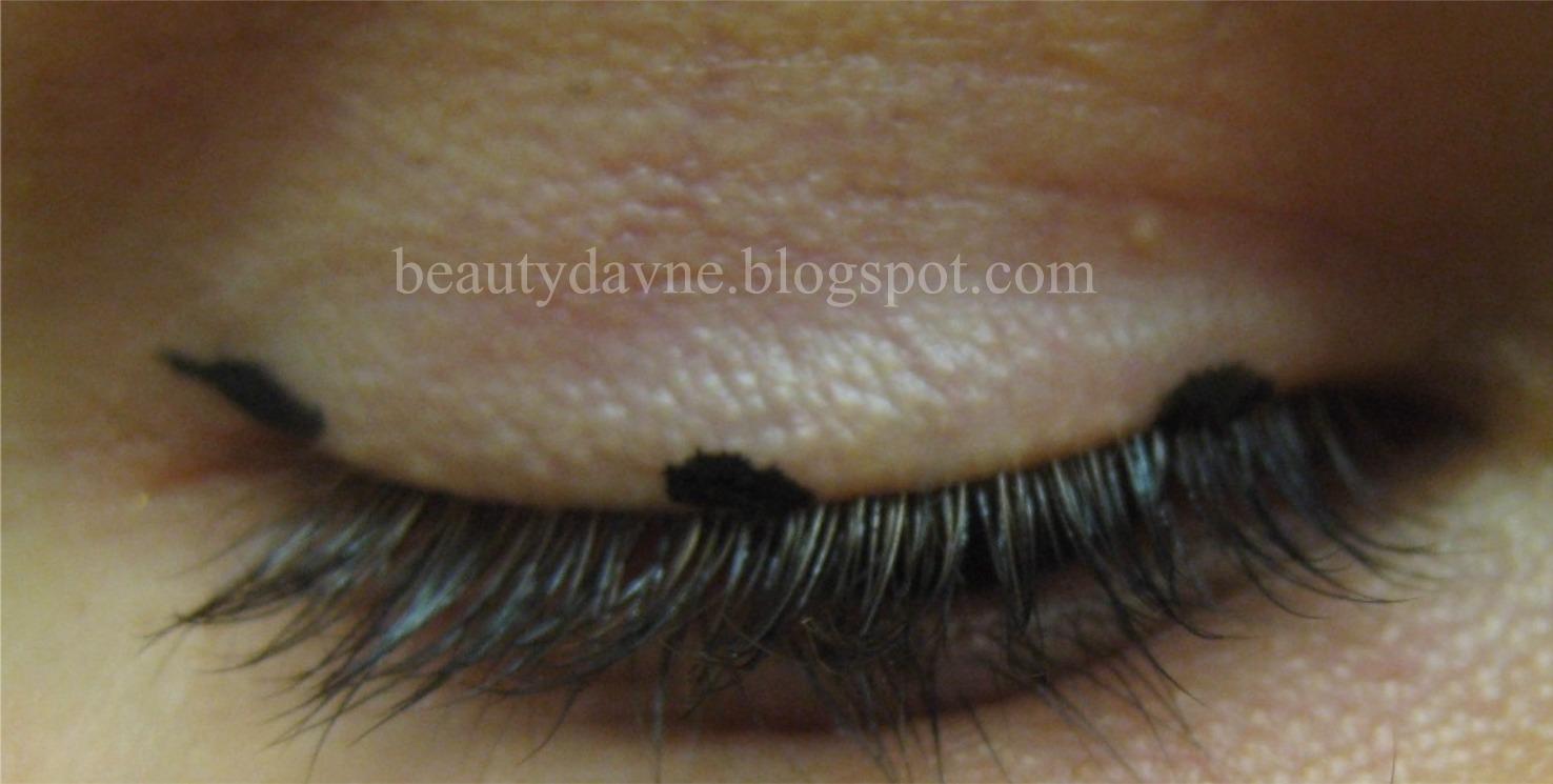 beautyaddicted eyeliner f r ausdrucksstarke augen. Black Bedroom Furniture Sets. Home Design Ideas
