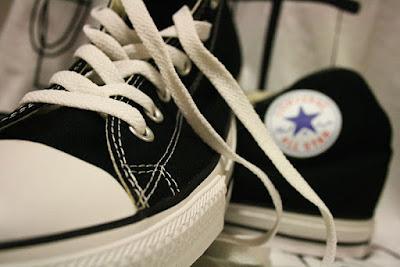 Los Zapatos Converse 1
