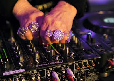 La abuela DJ | Dj Mammy Rock 18