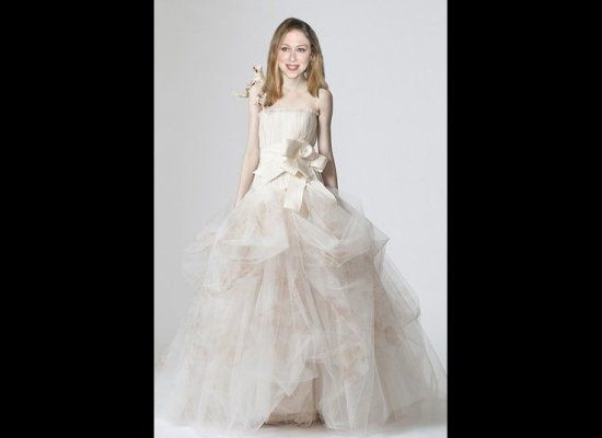 Chelsea Clintons Wedding Gown Options at Huffington Post