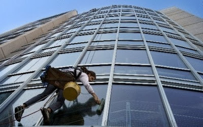 window cleaning omaha yelp at specific second being highrise window washer is both the best and worst job in world for pat omalley pictured above robinsonsolutions professional window cleaning from