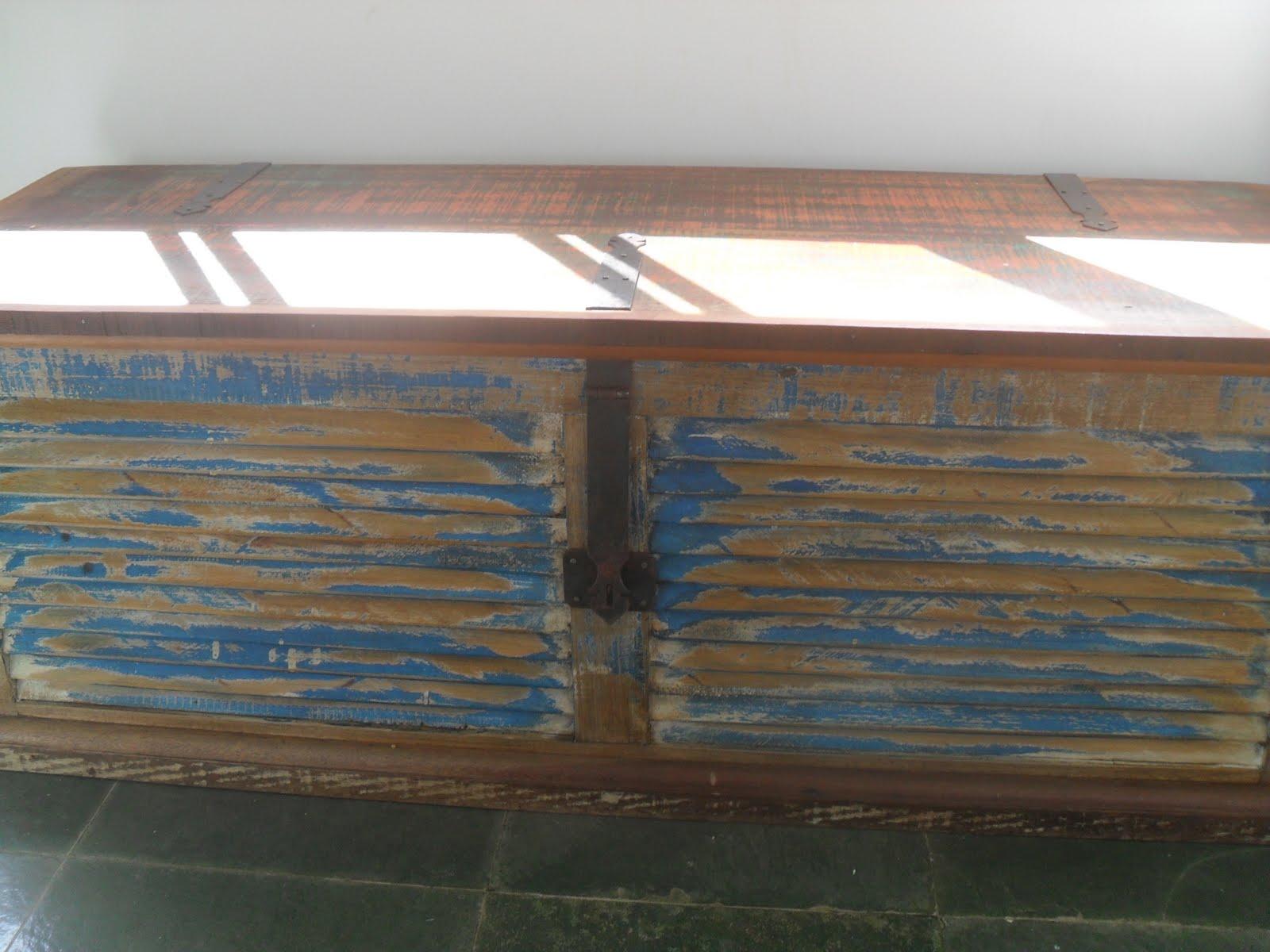 Móveis em Madeira de demolição e acessórios para decoraçaõ #384F60 1600x1200