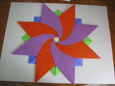 Tomoko Fuse's Origami Quilt Blooming Flowers 1 in Orange, Green, Blue, and Purple reverse side