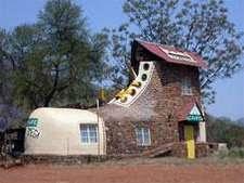 Maison En Forme De T unusual building,amazing house,funny house!maison insolite,immeuble