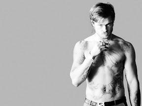 Brad Pitt Without Shirt VH6A5Q