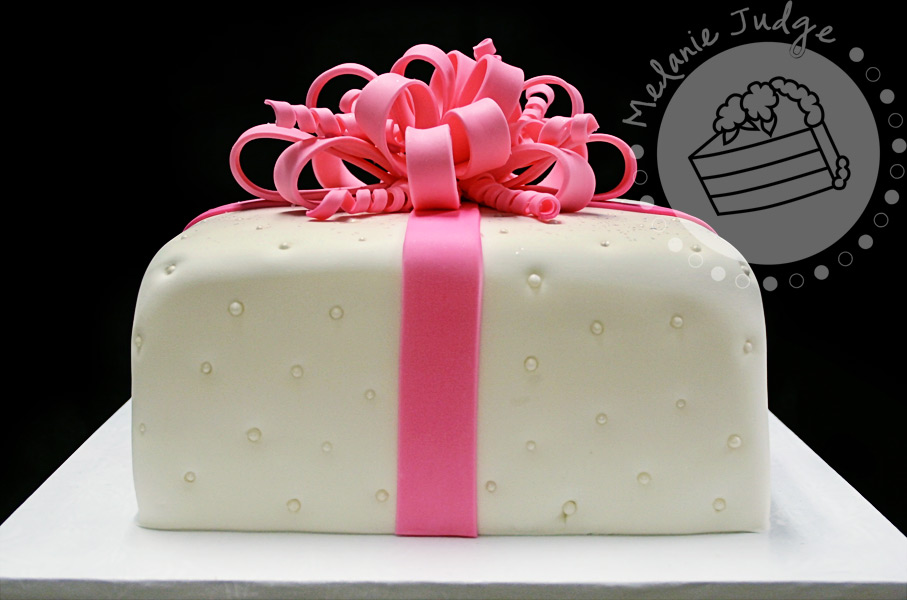 Cake walk gift box cakes and for those preferring a more girly gift cake negle Images