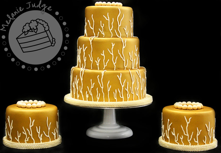 Take a look at this wedding cake Different huh The bride wanted a gold