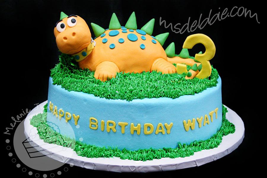 Cake Design Dinosaur : Dinosaur Cake Gateaux anniversaire originaux Pinterest ...