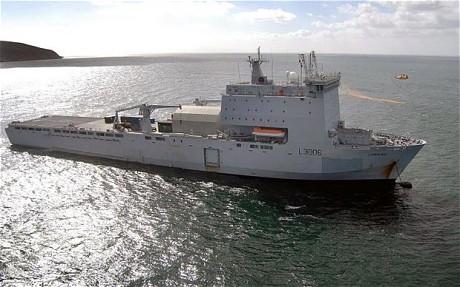 Brasil  prohibe el ingreso  de  buque británico. HMS%2BClyde%2Bwas%2Brefused%2Bpermission%2Bto%2Bstop%2Bin%2BRio