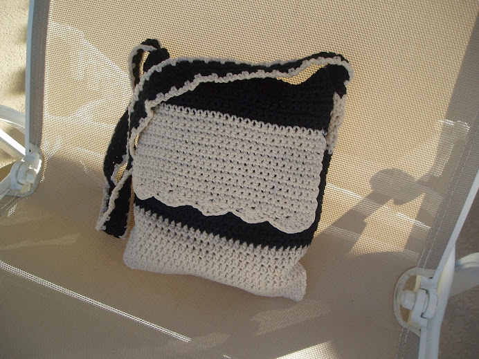 Black & White Bag, my own pattern