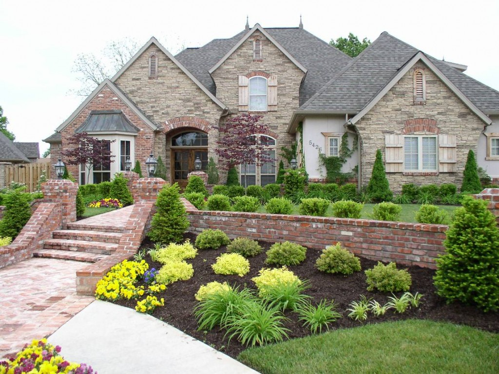 Home Gardens: MODERN FRONT YARD LANDSCAPING AND HOME GARDEN DESIGN