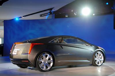 2009 Cadillac Converj Concept Back Side