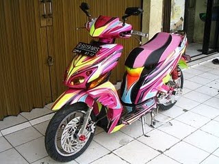 HONDA VARIO Full Body Airbrush Graphic 1