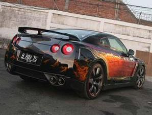 Super Car Nissan GT R R35 Airbrush 3