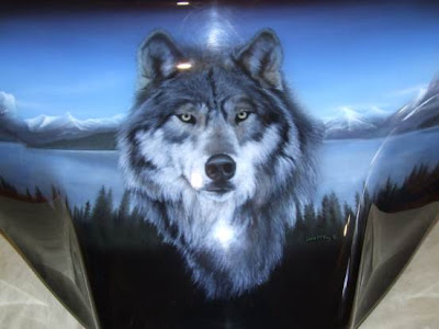 Wolf Airbrushed Mural on Harley Davidson Fairing 2