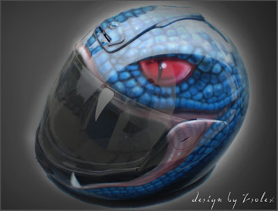 Airbrushed helmet snake eye design