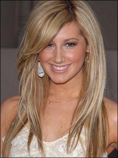 http://4.bp.blogspot.com/_dXE63lwcSrk/TRCpB5dCuUI/AAAAAAAAFVA/SPjRNTI7RtQ/s400/2011-long-celebrity-hairstyles-4.jpg