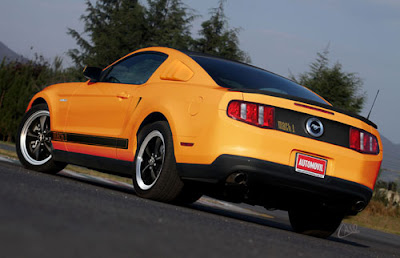 2011 Ford Mustang Strong Car Photography 3
