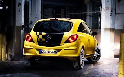 2011-Opel-Corsa-Custom-Airbrush-Back