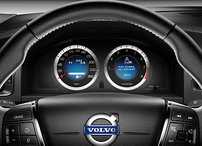 2011-Volvo-V60-Elegant-Car-Dashboard