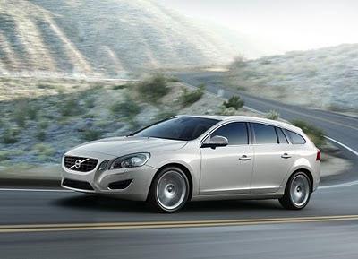 2011-Volvo-V60-Elegant-Car-Turing