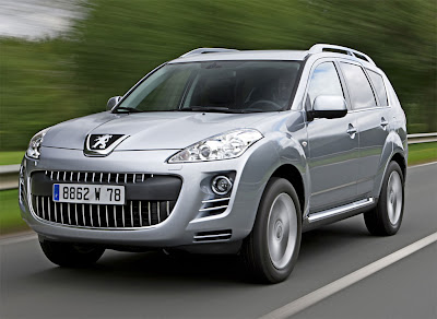 Peugeot-4007-DCS-silver-front