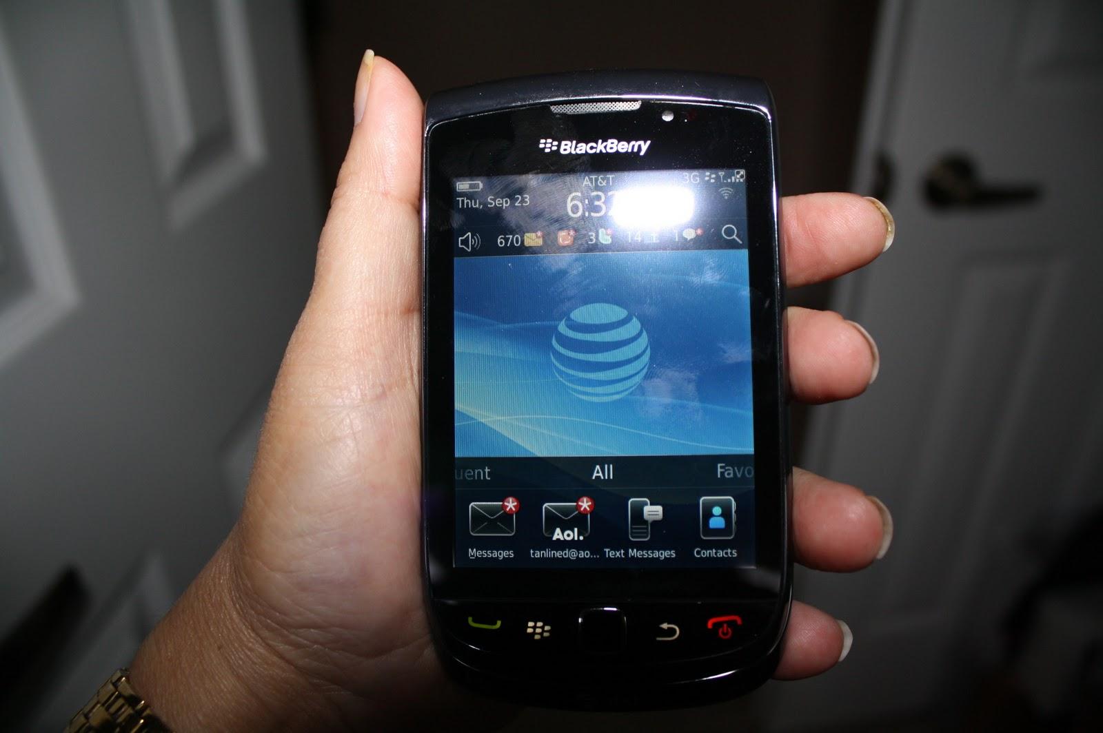 http://4.bp.blogspot.com/_dXfyONy10vk/TJ4J-SmwFOI/AAAAAAAAFyU/_sc-fNbgLAk/s1600/BlackBerry+Torch+001.jpg