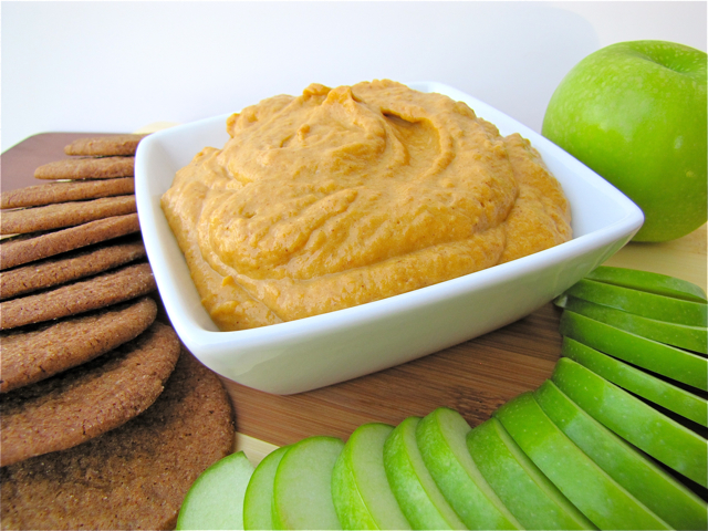 Pumpkin Dip and Gingersnap Cookies