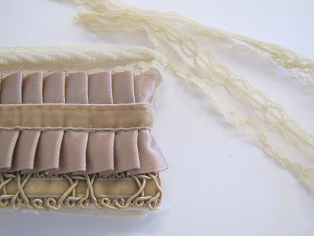 Браслет-манжета из ткани, лент и кружев IMG_8385