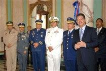 Leonel exhorta militares rechazar tentaciones narco