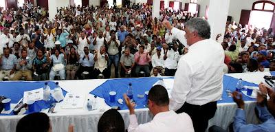 Vargas seguro de que periodismo continuará superando desafíos; expresa solidaridad ante acoso y presiones a periodistas y medios