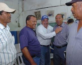 """Tonty Rutinel llama """"borregos"""" a los legisladores perredeístas; dice López Rodríguez siempre ha sido enemigo del PRD"""