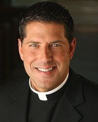 Padre Alberto se pronuncia contra el celibato; solicita reforma de la iglesia católica