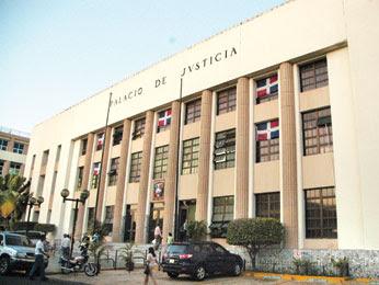 Envían a prisión acusado de decapitar haitiano