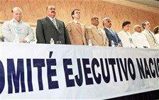 Líderes de PRD firman acuerdo por la unidad