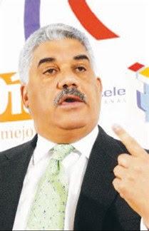 Miguel Vargas afirma ha dialogado con dirigentes de otros partidos para que trabajen con él
