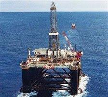 El petróleo continúa por encima de los US$60 el barril