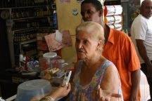 Apagones de más de 20 horas arrecian y afectan país; población está desesperada
