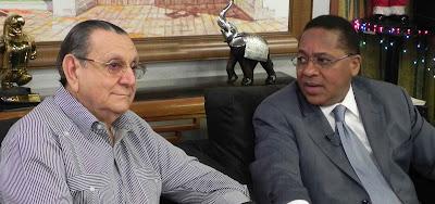 Reyes revela 65% rechaza a partidos tradicionales