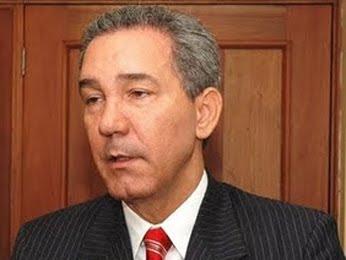 Rector UASD destituye director de Registro y administrador de Economato