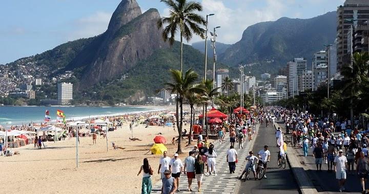 EMANUELMANU PECLAT  Private Tour Guide Rio CARIOCA WAY