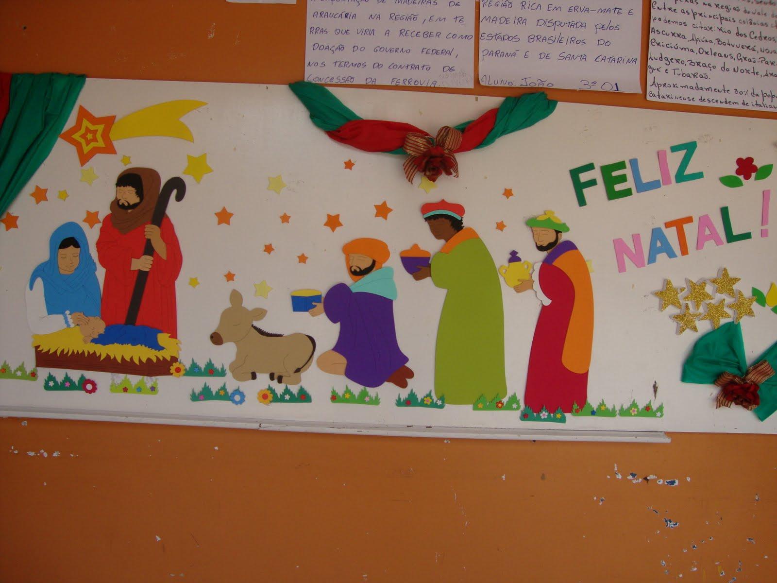 Escola de educa o b sica silva jardim clima natalino na for Mural de natal 4 ano