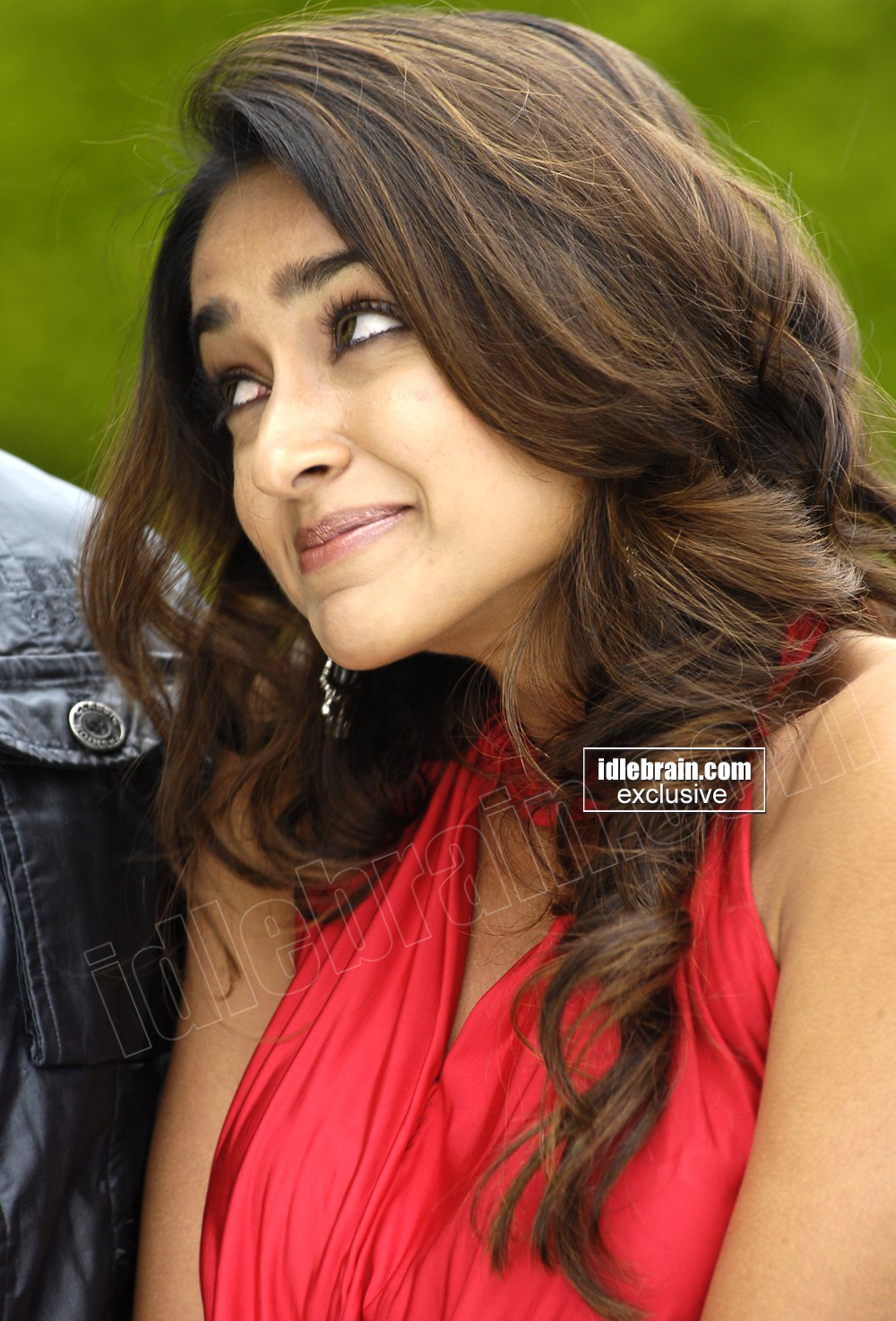 , Ileana Hot Stills in Red Dress