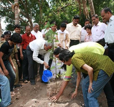 Biodiversity essay in marathi