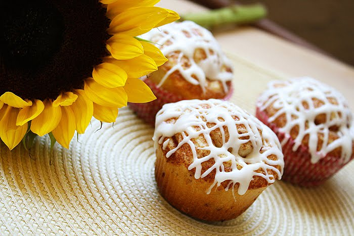 The Comfort of Cooking » Cinnamon Roll Muffins