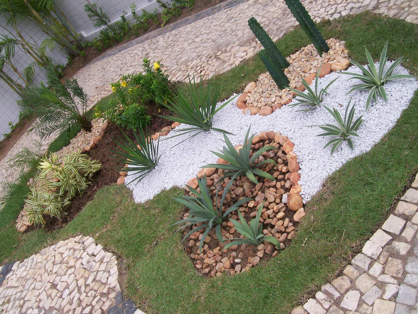 enfeites para jardim em fortaleza:Postado por PLANTAS & JARDINS às 08:37