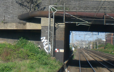 railway bridge, Kilburn