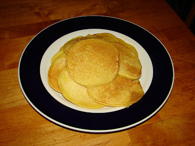 Nummy kitchen johnny cakes early american cornmeal pancakes this recipe is believed to have been taught to us settlers by native americans forumfinder Choice Image