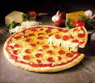como estirar pizzas