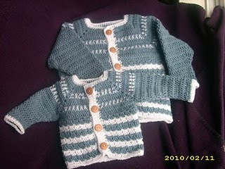 Baby Sweater With Collar Knitting Pattern